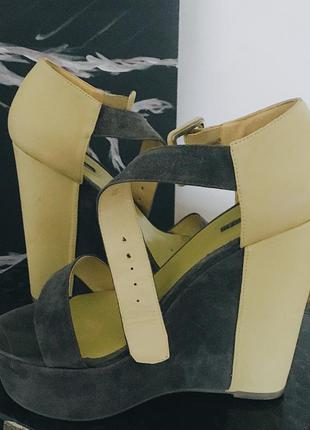 Босоножки на платформе замшевые кожаные