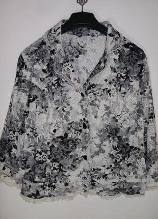 Кружевная блуза с цветочным узором
