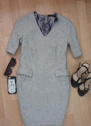 Теплое стильное платье 45% шерсти s