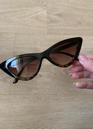 Стильные узкие солнцезащитные очки лисички, леопардовые очки