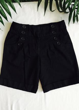 Школьные черные шорты некст на 8-9 лет