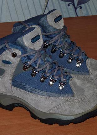 Ботинки hi-tec solo wp с мембраной waterproof класса моделей lowa gtx, кривой рог