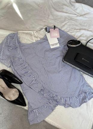 Блузка з кружевной спиной