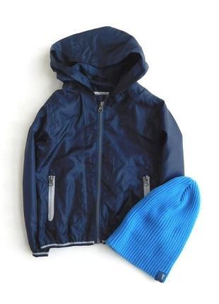 Легкая плащевая куртка из плащевки ветровка с капюшоном от rebel