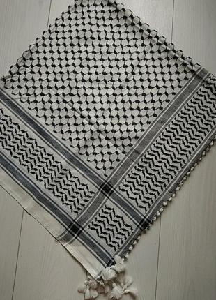 Великий платок арафатка