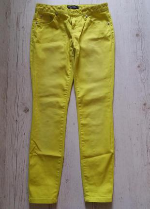 Ярко лимонные джинсы