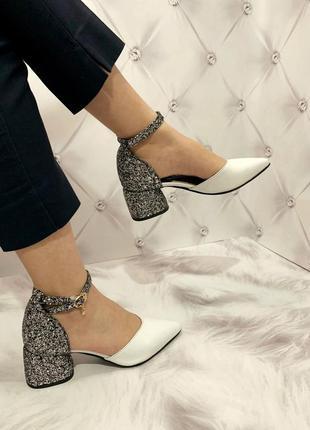 Нереально крутые туфли