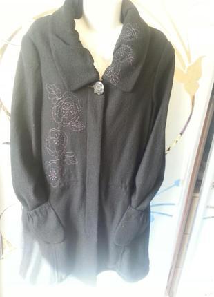 Черное пальто большой размер