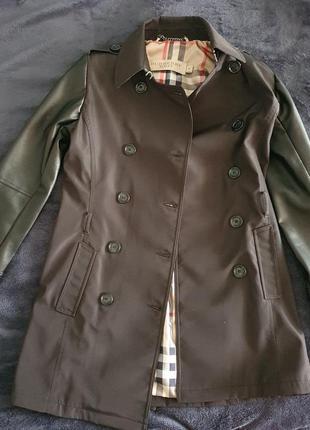 Burberry brit черное двубортное пальто s-m