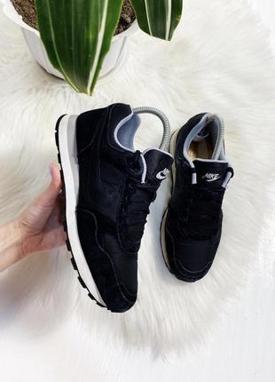 Nike замшевые кроссовки