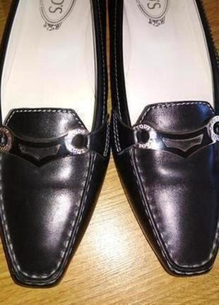Фирменные туфли из натуральной кожи на низком ходу, стелька 27 см