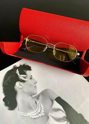Роскошные брендовые очки желтого цвета