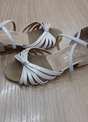 Туфли для бальных танцев 22,5 см