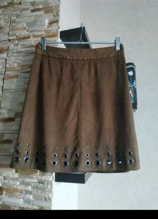 Модная замшеваяюбка юбочка с заклепками