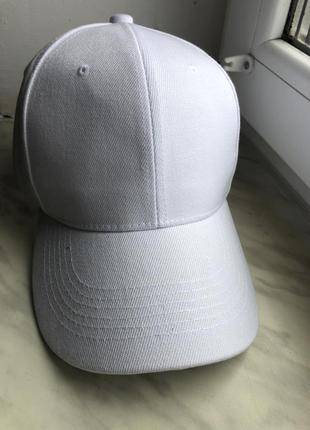 Кепка біла