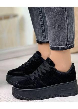 Новые чёрные кроссовки, кеды на платформе