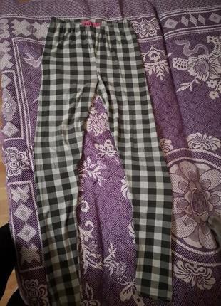 Фирменные лосины, леггинсы фирмы boohoo, штаны, брюки