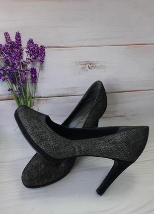 Туфли женские размер 39.