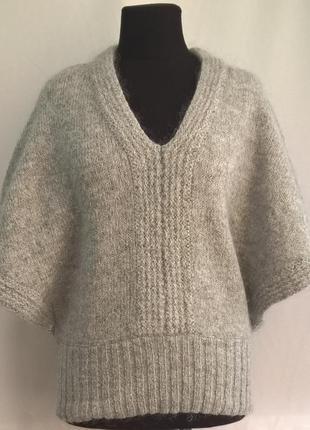 Крутой свитер-жилет летучая мышь editions