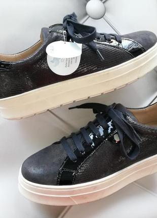 Слипоны (кроссовки) из натур. кожи benefit von caprice (германия), р. 37, 38, 39, 40, 41