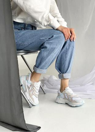 Adidas кросівки