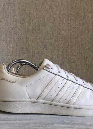 Продам кроссовки adidas superstar