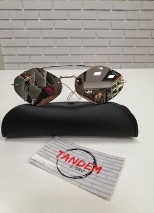 Женские солнцезащитные очки без оправы