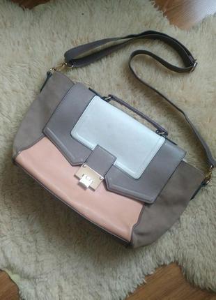 Зручна сумка new look