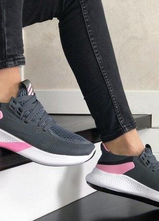 Кроссовки женские легкие спорт