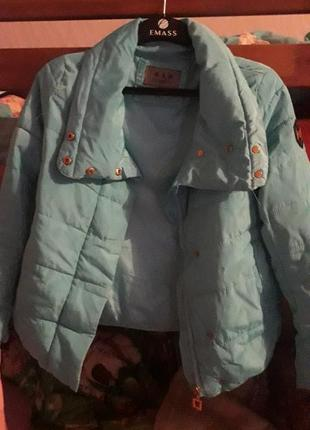 Куртка жіноча5 фото