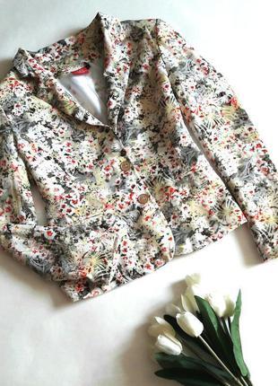Короткий блейзер/приталенный пиджак с цветочным принтом(огромный выбор пиджаков)