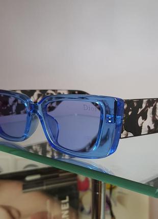 Очки солнцезащитные голубые с оригинальной дужкой