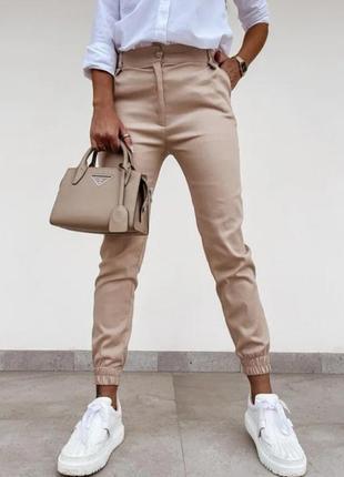 Жіночі стрейчеві джогери