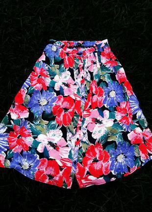 Яркая юбка миди в цветочний принт atmosphere