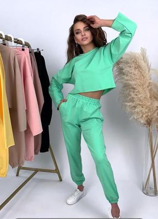 Жіночий трикотажний костюм. жіночий спортивний костюм
