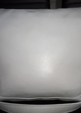 Стильная вместительная сумка натуральная кожа giovanni lombardi