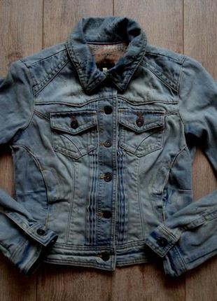 Класна джинсова куртка river island