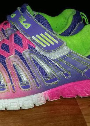 d68b5bf41830 Fila Беговые кроссовки fila р. 35 usa3 оригинал из америки Херсон. 600 грн.  35. 2. Очень красивые кроссовки