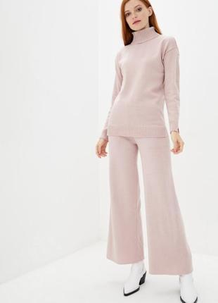 Вязаный костюм гольф+брюки-палаццо пудра