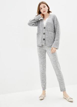 Вязаный костюм кардиган+брюки серый меланж