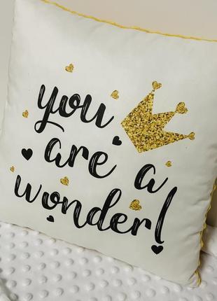 Плюшевая подушка для принцессы