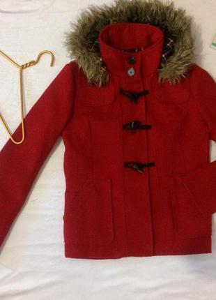 Пальто красное1 фото