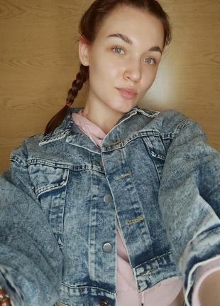Джинсовая куртка с пайетками