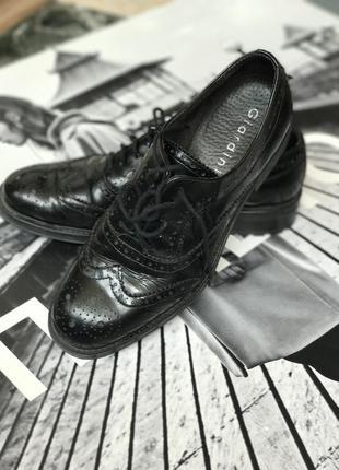 Кожаные туфли giardini