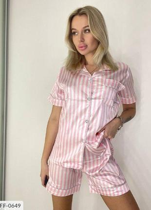 Женская пижама с шортами. шелк.