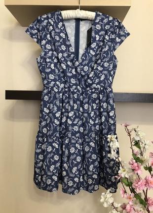 Короткое летнее платье на запах