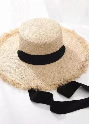 Трендовая широкополая соломенная шляпа с лентами