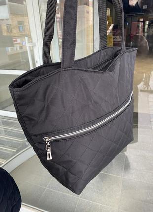 Стильная вместительная сумка из балоньевой ткани для повседневной носки