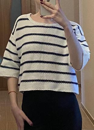 Укорочённый свитер
