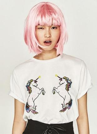 Оверсайз футболка с единорогами zara